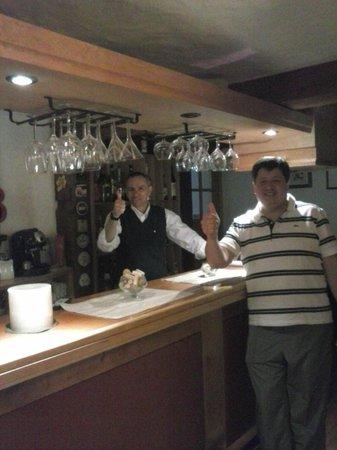 La Raclette Hosteria y Restaurant: CON CARLOS !!!