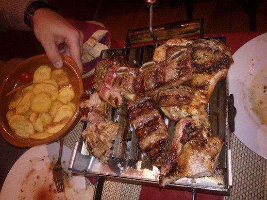 La Parrillita Argentina: La parrillada para 2 (Y falta algo de carne que ya nos comimos!!!)