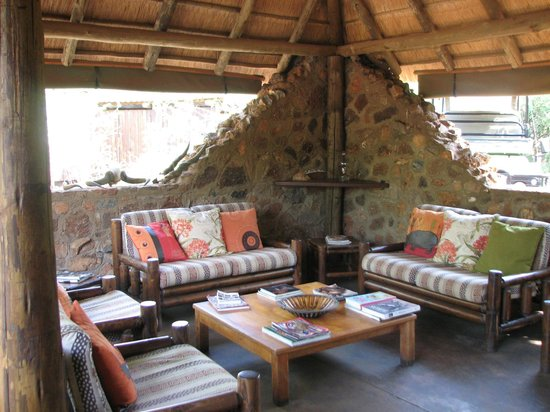 Mosetlha Bush Camp & Eco Lodge: Grounds