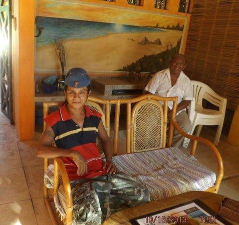 Casita de Maya: Daniel and helper kid (I think Jose is his name)