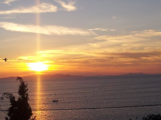 Madalena Hotel : Sunset from the terrace