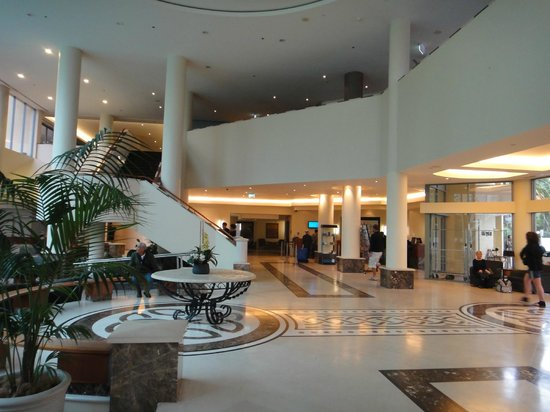 Mantra Legends Hotel: Lobby