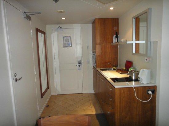 Mantra Legends Hotel: Kitchen