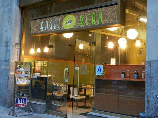 Bagel & Bean: outside view