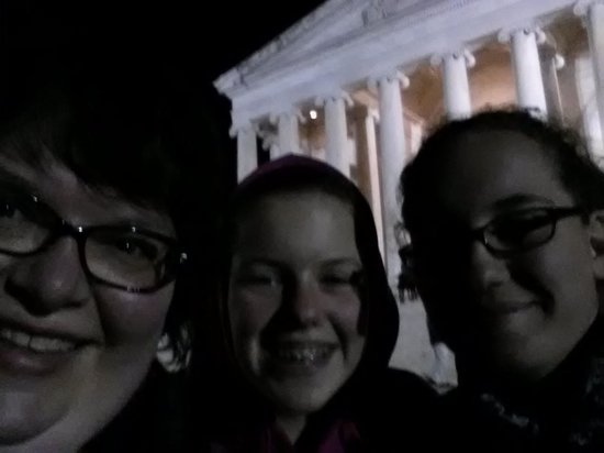 On Board Tours DC : Enjoying the Monuments!