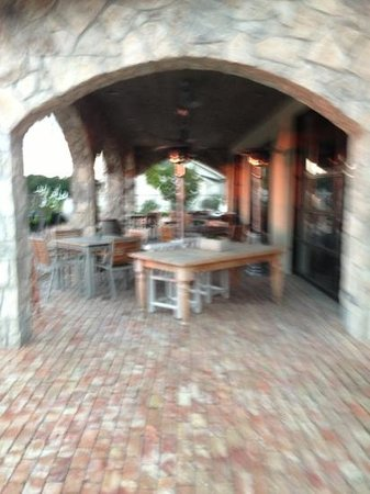 Antler Grill: patio