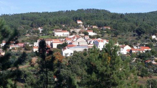 Vale da Ribeira da Serta: Aldeia do Bravo, concelho da sertã.