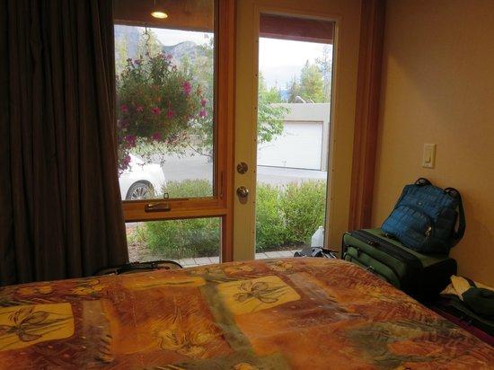 Hidden Ridge Resort: downstairs bedroom #1