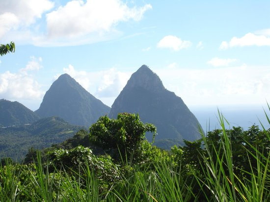 Orlando's Restaurant & Bar : View of the PITON'S taken from in front of Orando's