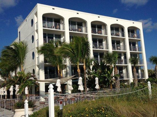 Costa d'Este Beach Resort & Spa: Oceanfront rooms with balconies