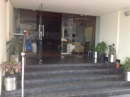Quality  Inn Sabari Resorts: entrance