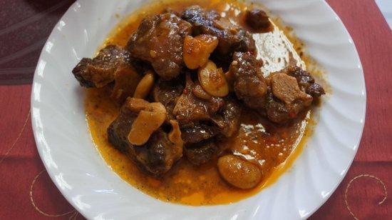 Amelia's Kitchen: Oxtail Stew