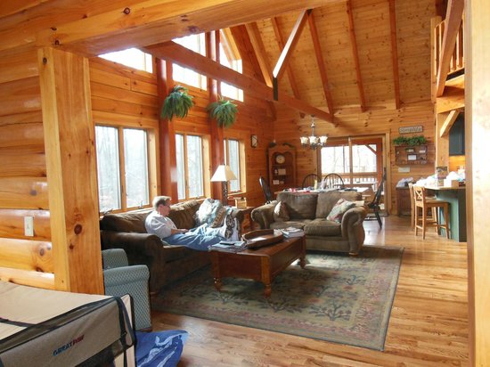 Getaway Cabins : Main Living Area