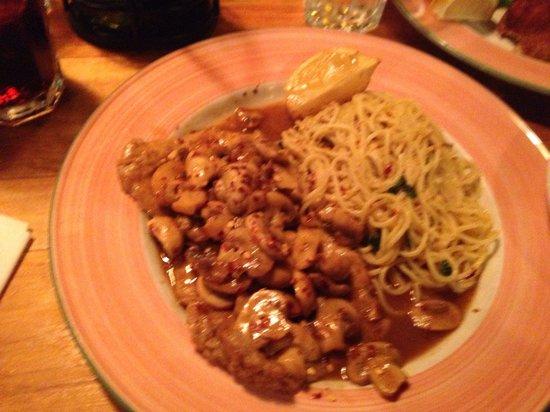 Spago Ristorante Italiano : Fantastic spicy veal