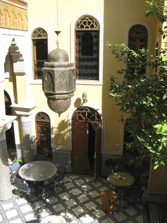 Riad Layalina Fez: Courtyard view from our room
