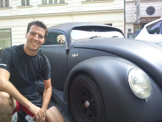 Running Tours Prague: An amazing Volkswagen batmobile-beetle spotted on our run