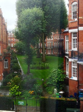 Egerton House Hotel: View from our window