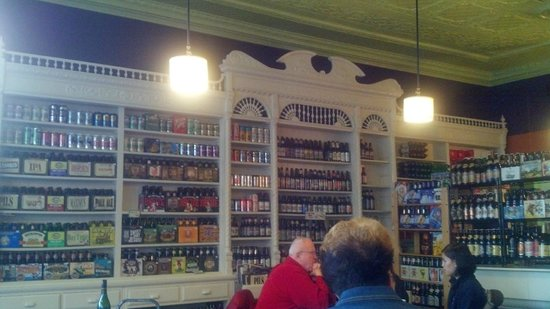 Village Market Bistro: Brew wall.
