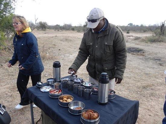 Tintswalo Safari Lodge : The snack during the game drive