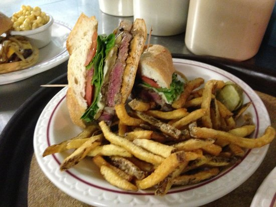 Knotty Pine: Prime rib sandwich!