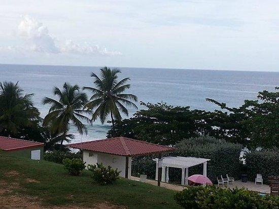 Hotel El Guajataca : Esta vista es desde la habitacion