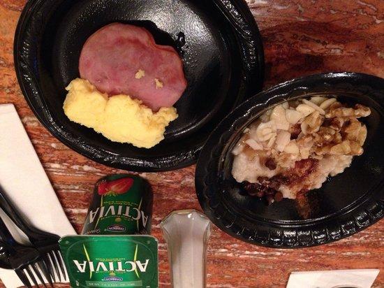 SpringHill Suites Prescott: Free Breakfast