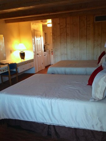 Sky Ranch Lodge: Double Room