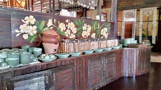 Banpu Koh Chang Resort : Шведский стол