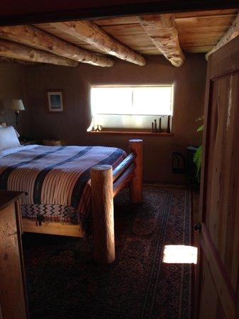Casa Gallina: master bedroom