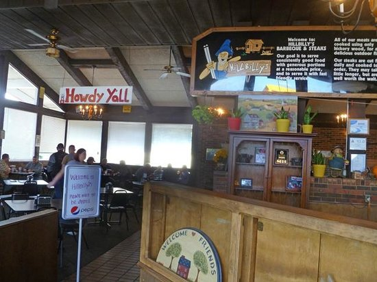 Hillbilly's Barbeque & Steaks: HOWDY!