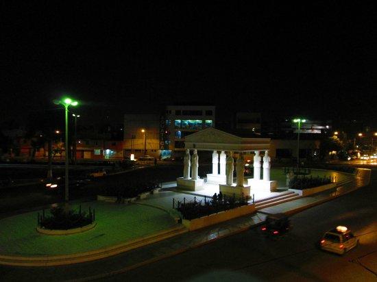 Las Musas Hotel & Casino: Vista desde el restaurante, piso 6