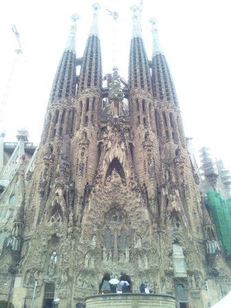Barcelona Japanese Official Tourist Guide: Sagrada Família