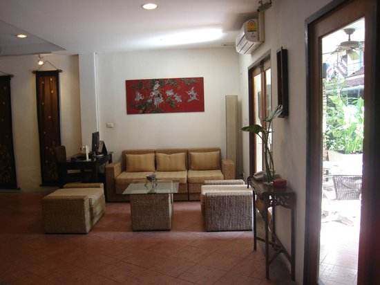Drop Inn Bangkok: lobby