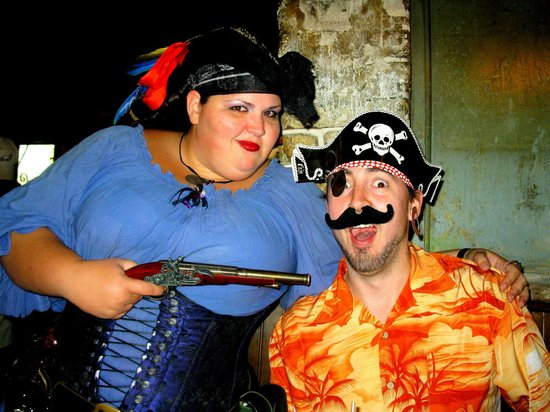 The Pirates' House : Black Betty and hostiage