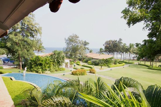 Radisson BLU Resort Temple Bay Mamallapuram: View from standard chalet