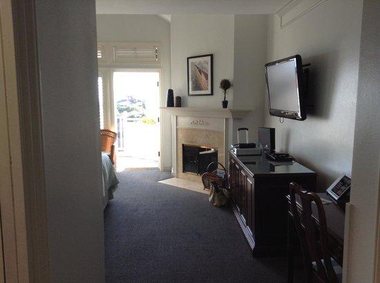 Blue Lantern Inn - A Four Sisters Inn: View from room entrance