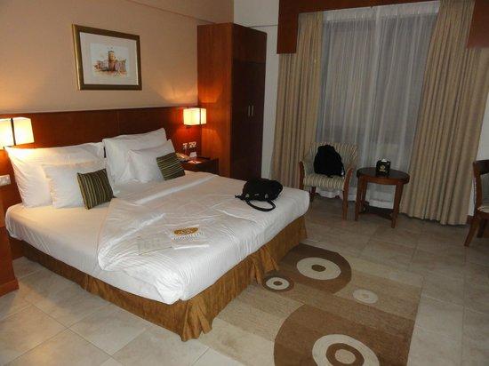 Donatello Hotel Apartments: Bedroom
