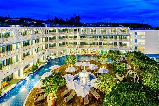 Andaman Seaview Hotel: Main Building