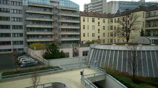 Ibis Berlin Kurfurstendamm : View from room 27