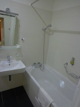 City Apartment : Salle de bain