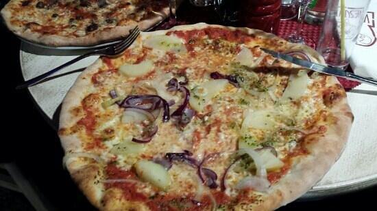 Pizzeria Vesuvio: pizza