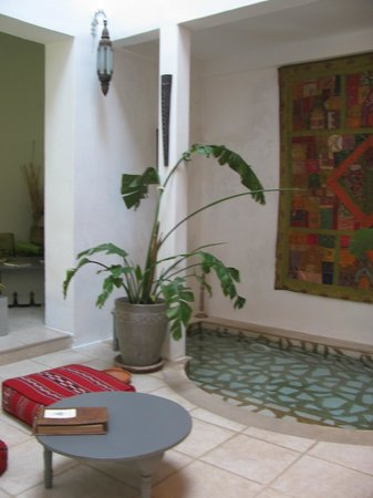 Riad Safir : Central courtyard