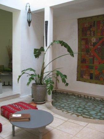 Riad Safir: Central courtyard