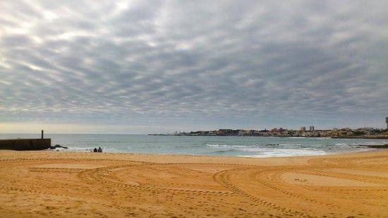 Hotel Alvorada: The beach near the hotel in november