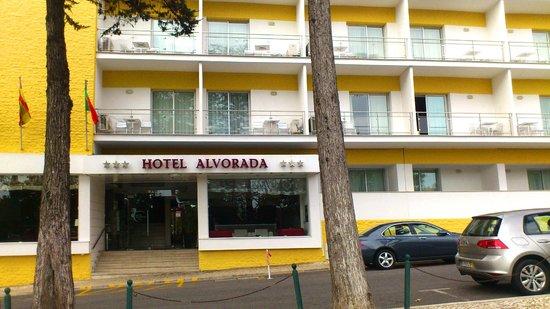 Hotel Alvorada: the entrance