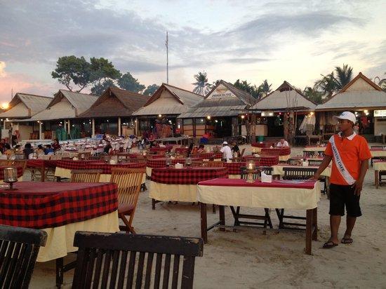 Bayang Cafe : Bayang before sunset