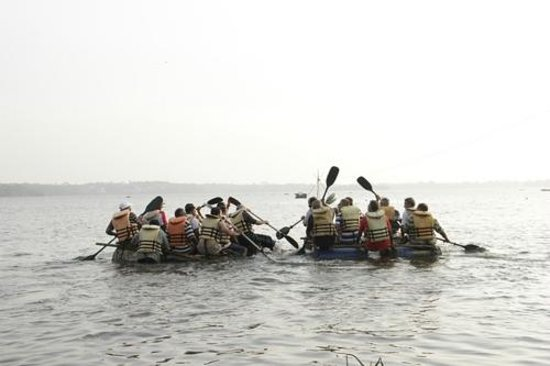 Thotupola Lakeside Resort: Rafting on Bolgoda Lake
