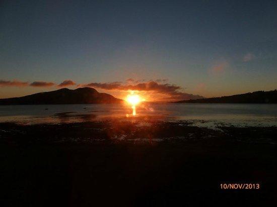 Glenisle Hotel : Sunrise from the bedroom
