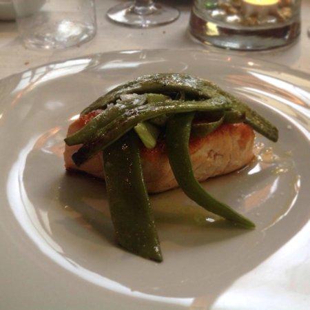 Hostaria dei Volsci Music & Food Srl : Trancio di salmone con faggiolini
