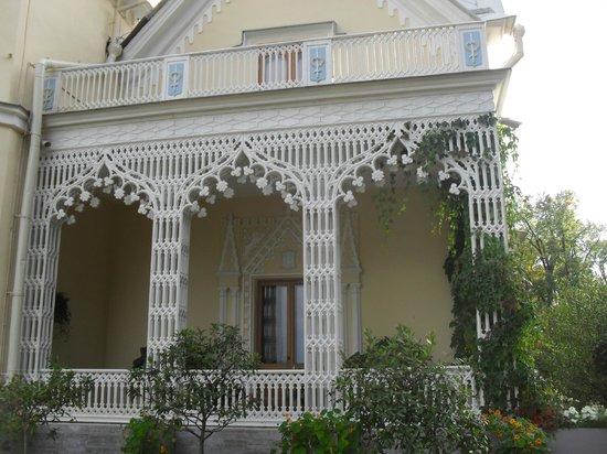 Cottage Palace in Peterhof: балкон